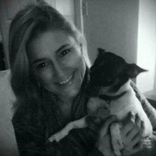 Pet Care Provider Nikki Mills's Profile Picture
