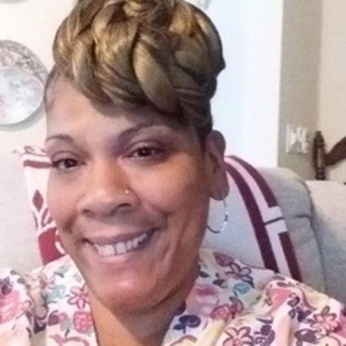 Elder Care Provider Mary T's Profile Picture