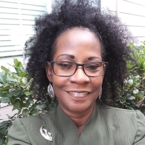 House Sitter Provider Diana R's Profile Picture