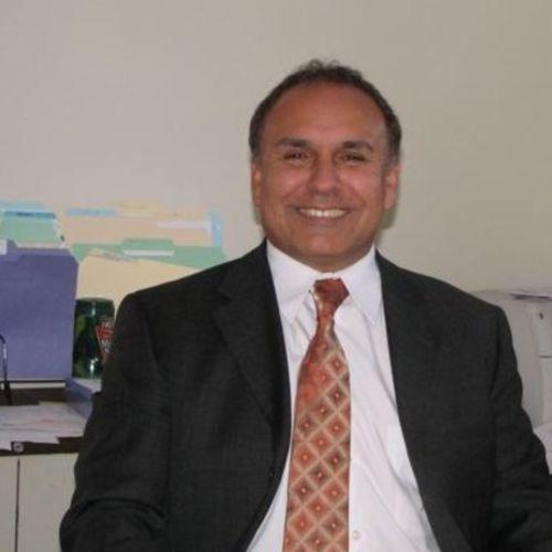 House Sitter Provider Larry Lauranzano's Profile Picture