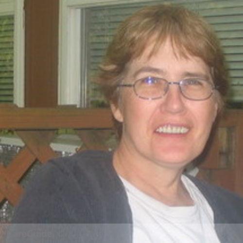 Pet Care Provider Carole Ellis's Profile Picture