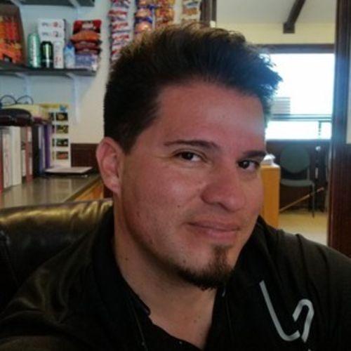 House Sitter Job Shelton Urquidez's Profile Picture