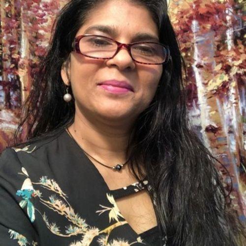 Housekeeper Provider Sarojne R's Profile Picture