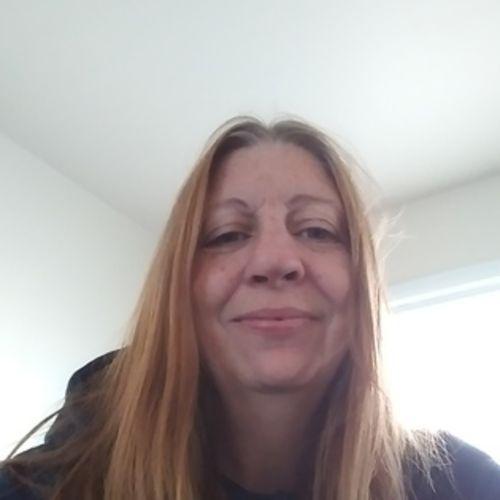 Housekeeper Provider Deborah Snuggs's Profile Picture