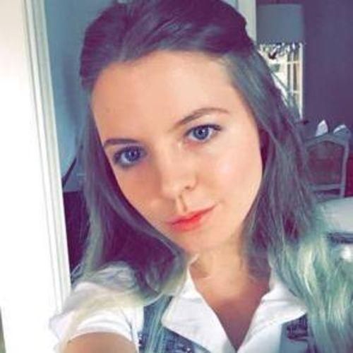 Canadian Nanny Provider Charlotte Foy's Profile Picture