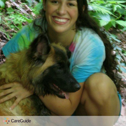 Pet Care Provider Andrea Castilla's Profile Picture