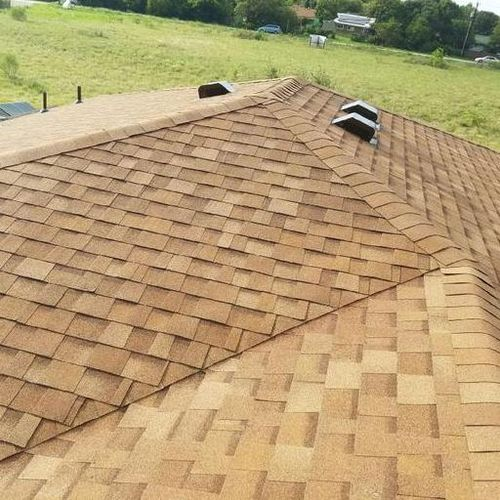 Roofer Provider Feliciano Lucas With Extreme Roofing U0026 Constructionu0027s  Profile Picture