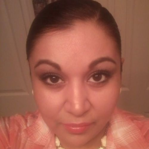 Housekeeper Provider Adriana Flores's Profile Picture