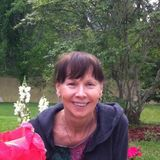 Reliable, pet lover, retired Social Worker wanting house sitter job.
