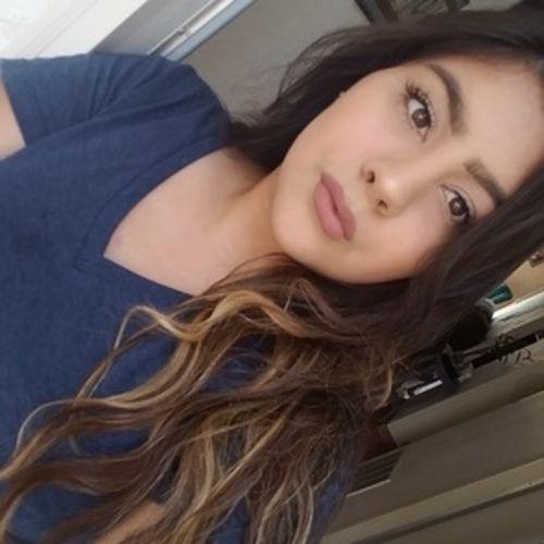 Housekeeper Provider Vivica Yslas's Profile Picture