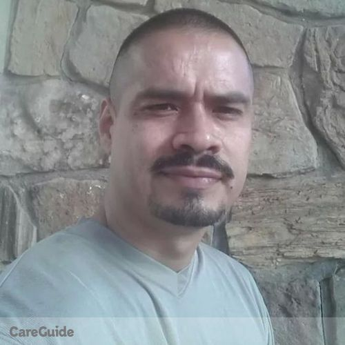 Housekeeper Provider Robert Lopez's Profile Picture