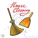 Housekeeper in Everett