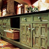 Kitchen Cabinet Staining & Antiquing Services
