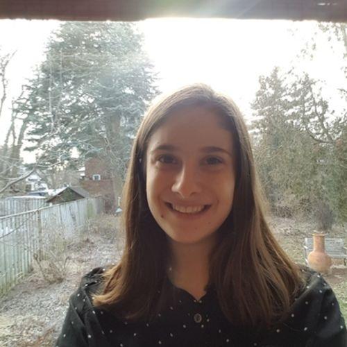 Canadian Nanny Provider Tara O'Neill's Profile Picture