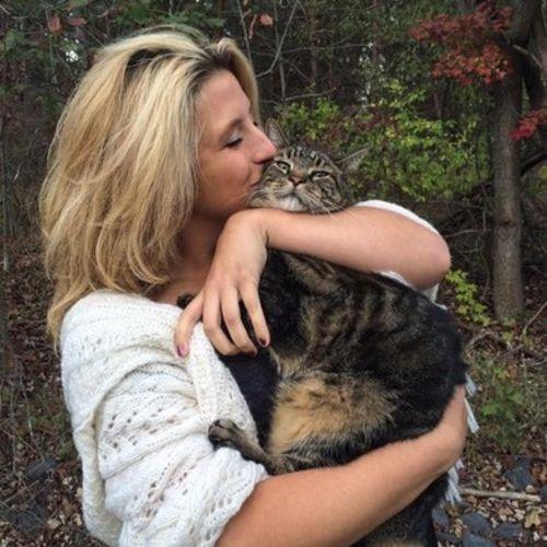 Pet Care Provider Francesca Schu's Profile Picture