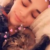 Cheerful animal lover looking to share the love for fuzzy friends!