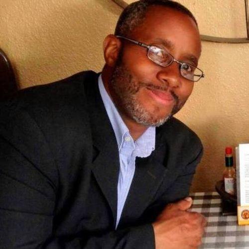 House Sitter Provider Trevor Burns's Profile Picture