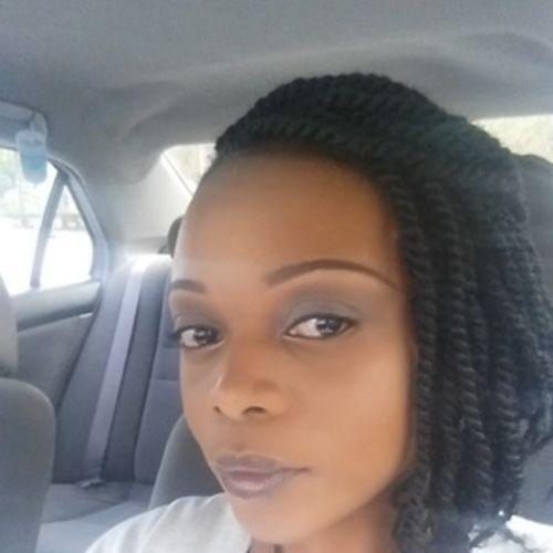 Housekeeper Provider Kimisha Brown's Profile Picture