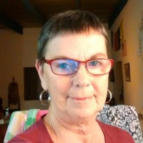 House Sitter Provider Mary Diesel's Profile Picture