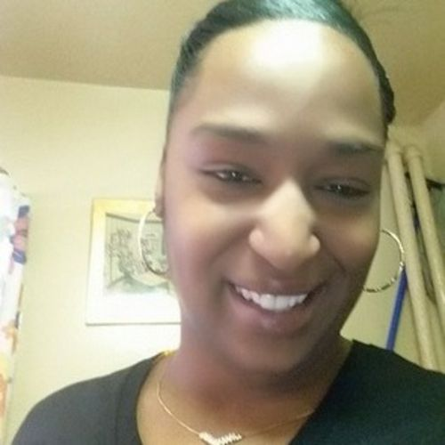Housekeeper Provider Diamond Smith's Profile Picture