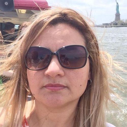 Housekeeper Provider Elinaria Silva's Profile Picture