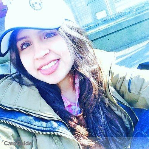 Canadian Nanny Provider Valeria Parra's Profile Picture