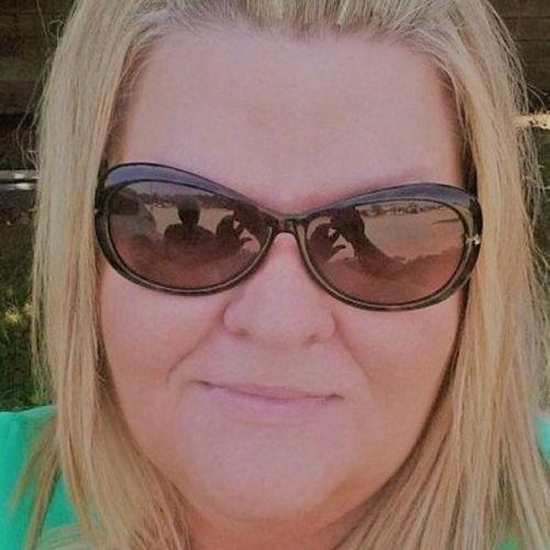 House Sitter Provider Bea Eva K's Profile Picture