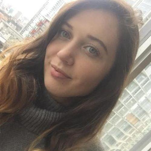 Canadian Nanny Provider Jade R's Profile Picture
