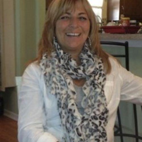 House Sitter Provider Roseann M's Profile Picture