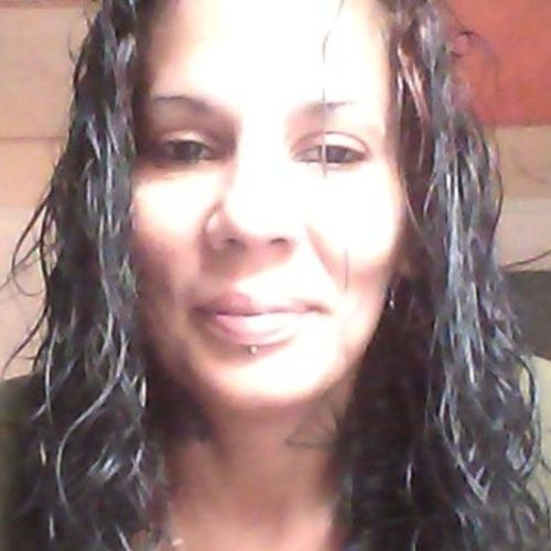 My name is Maria Valentin I have been cleaning houses for about 7 years now. I am very clean and always on time.