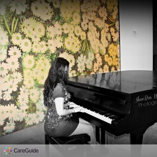 Photographer Provider Laura Villarreal's Profile Picture