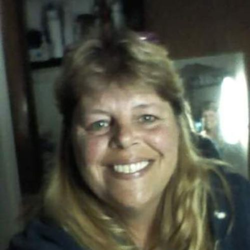 Housekeeper Provider Michele Holmes's Profile Picture