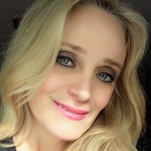 House Sitter Provider Alison Caltrider's Profile Picture