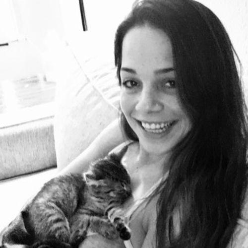Housekeeper Provider Lauren Rocha's Profile Picture
