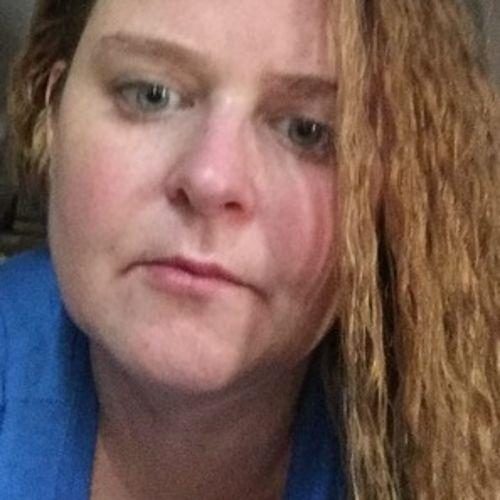 House Sitter Provider Brianna Vick's Profile Picture