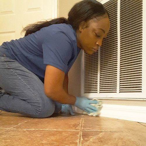 Housekeeper Provider Carolyn's Housekeeping Services Gallery Image 1