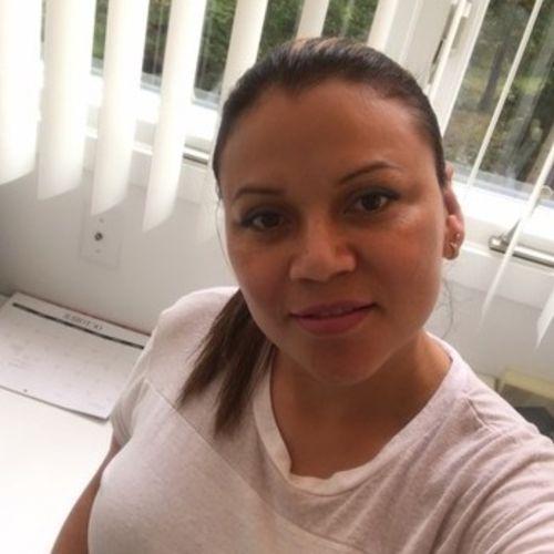 Housekeeper Provider Carolina Donairez's Profile Picture