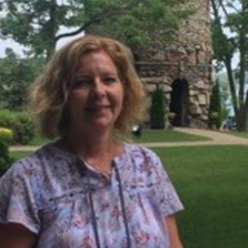 Housekeeper Provider Christine Hartline's Profile Picture