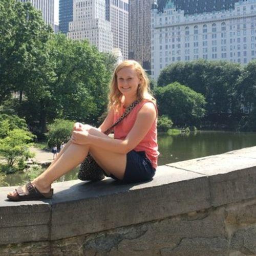 Canadian Nanny Provider Brooke S's Profile Picture