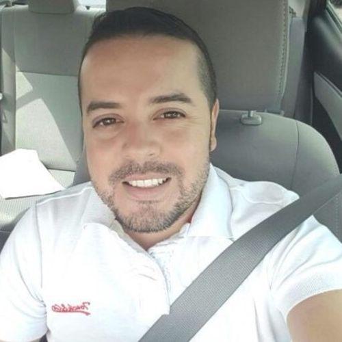 Pet Care Provider Augusto D's Profile Picture