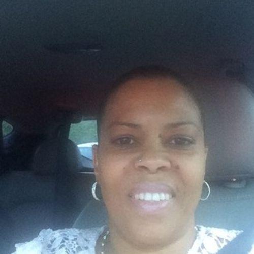 Elder Care Provider Irma L's Profile Picture