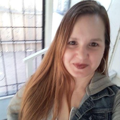 House Sitter Provider Angela Scanlon's Profile Picture