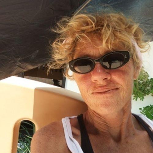 Pet Care Provider Jackie L's Profile Picture