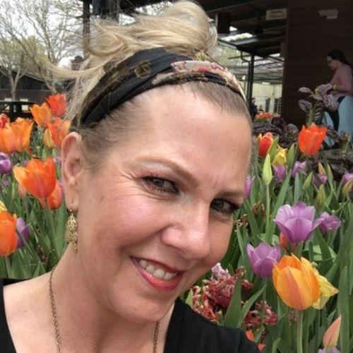 House Sitter Provider Vicki C's Profile Picture