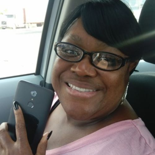 Elder Care Provider Mary W's Profile Picture