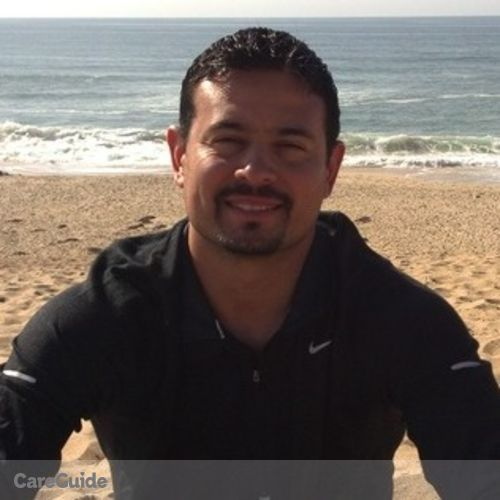 Pet Care Provider Gerardo Santos's Profile Picture