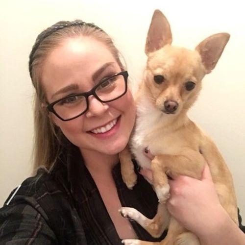 Pet Care Provider Amber P's Profile Picture