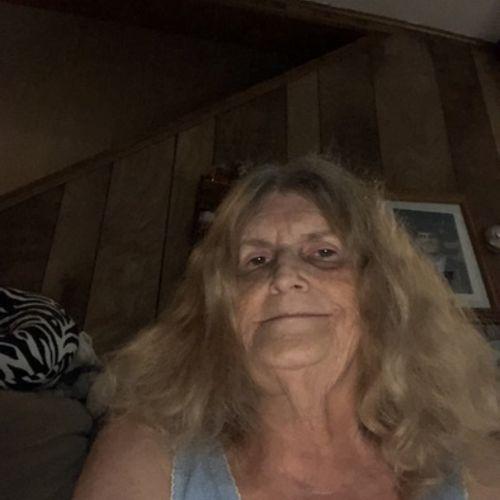 Pet Care Provider Linda S's Profile Picture