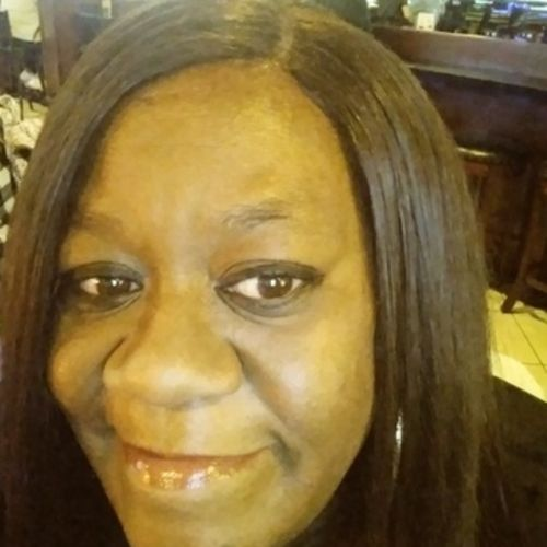 Housekeeper Provider Stephanie Brown's Profile Picture