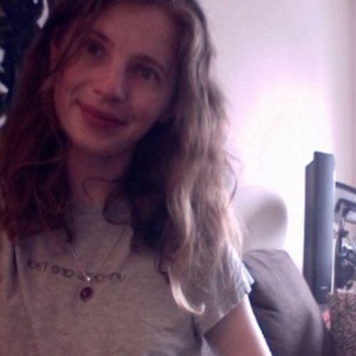 Canadian Nanny Provider Caitlin Black's Profile Picture